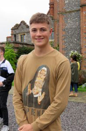 Blue Coat celebrates record A Level results - Reading Blue